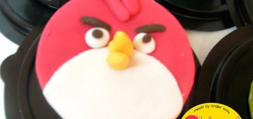 cupcake-angry-bird-red