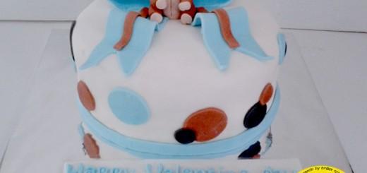 Bear Valentine Cake