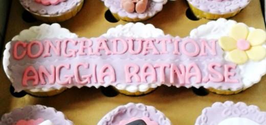 Graduation Cupcake's Anggia