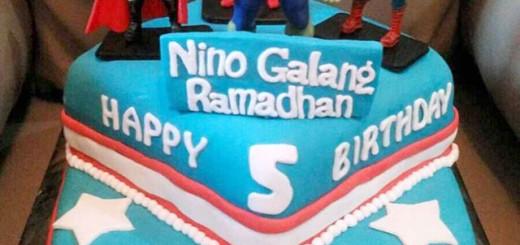 Avengers Birthday Cake's Nino